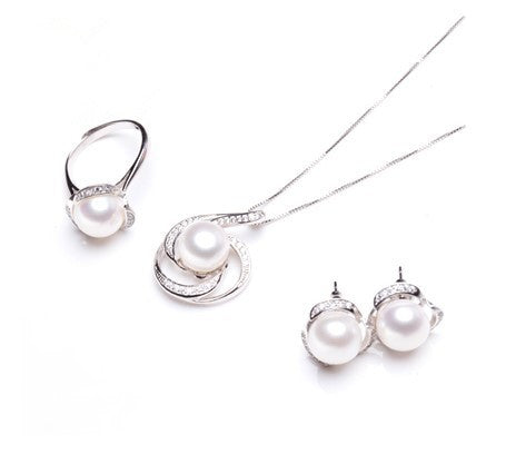Classic Pearl and Cubic Zirconia Bridal Set