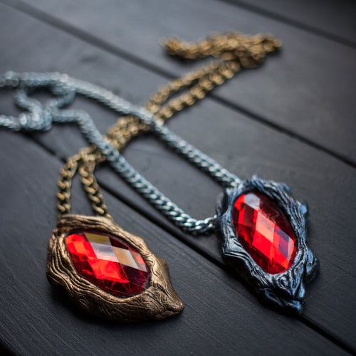 Devil May Cry 3 Vergil/Dante Cosplay Pendant In Stock