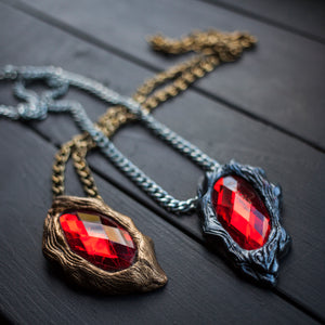 Devil May Cry 3 - Vergil/Dante Cosplay Pendant In Stock