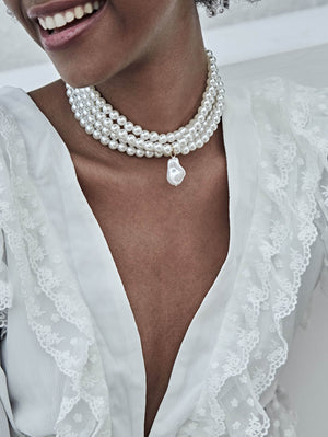 Layered Faux Pearl Design Choker