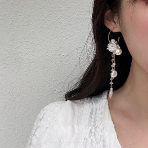 Flower Pearl Crystal Pierce (White)