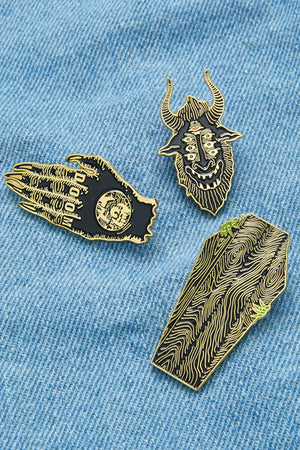 Hand Design Pin Badge Set
