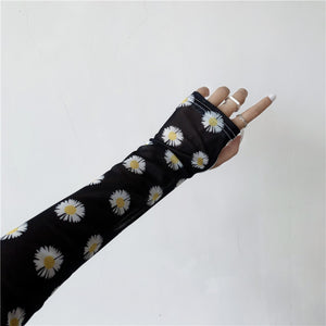 Sheer Flower Arm Cover (Black)