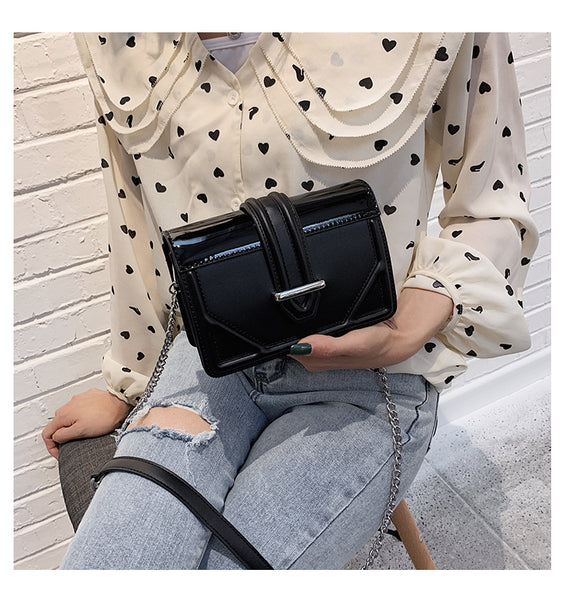 Enamel Chain Strap Bag (Black)
