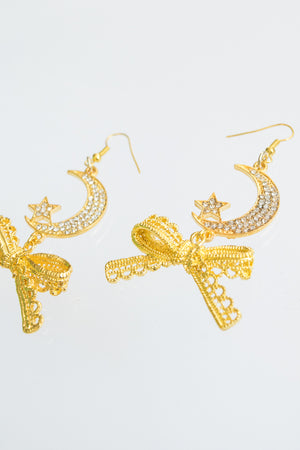XTS Gold Ribbon Moon Pierce