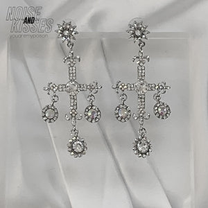 Bijou Cross Pierce (Silver)