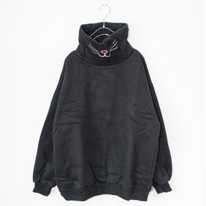Cat Mouth Pullover L/S Sweatshirt (Black)