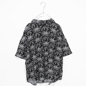 Flower High Neck Light Top (Black)