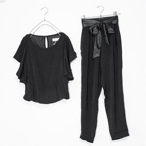 Frill Top And Pants Set Up (Black)