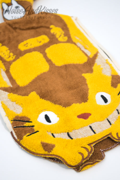 My Neighbor Totoro Dress Towel (Cat Bus)