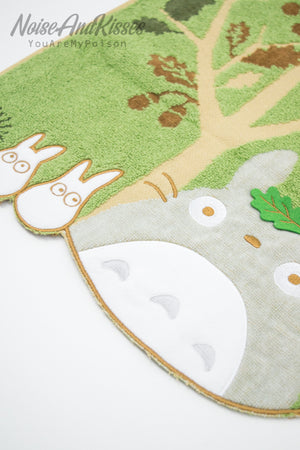 My Neighbor Totoro Face Towel (Acorn tree)