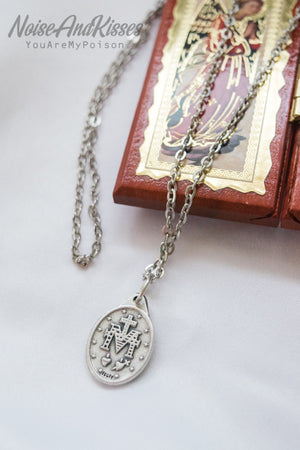 Limited Italy Saint Medal Necklace (Maria Blue-Mid)