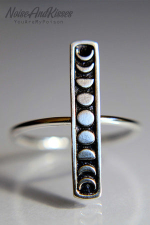 Moon Bar Ring (Silver)