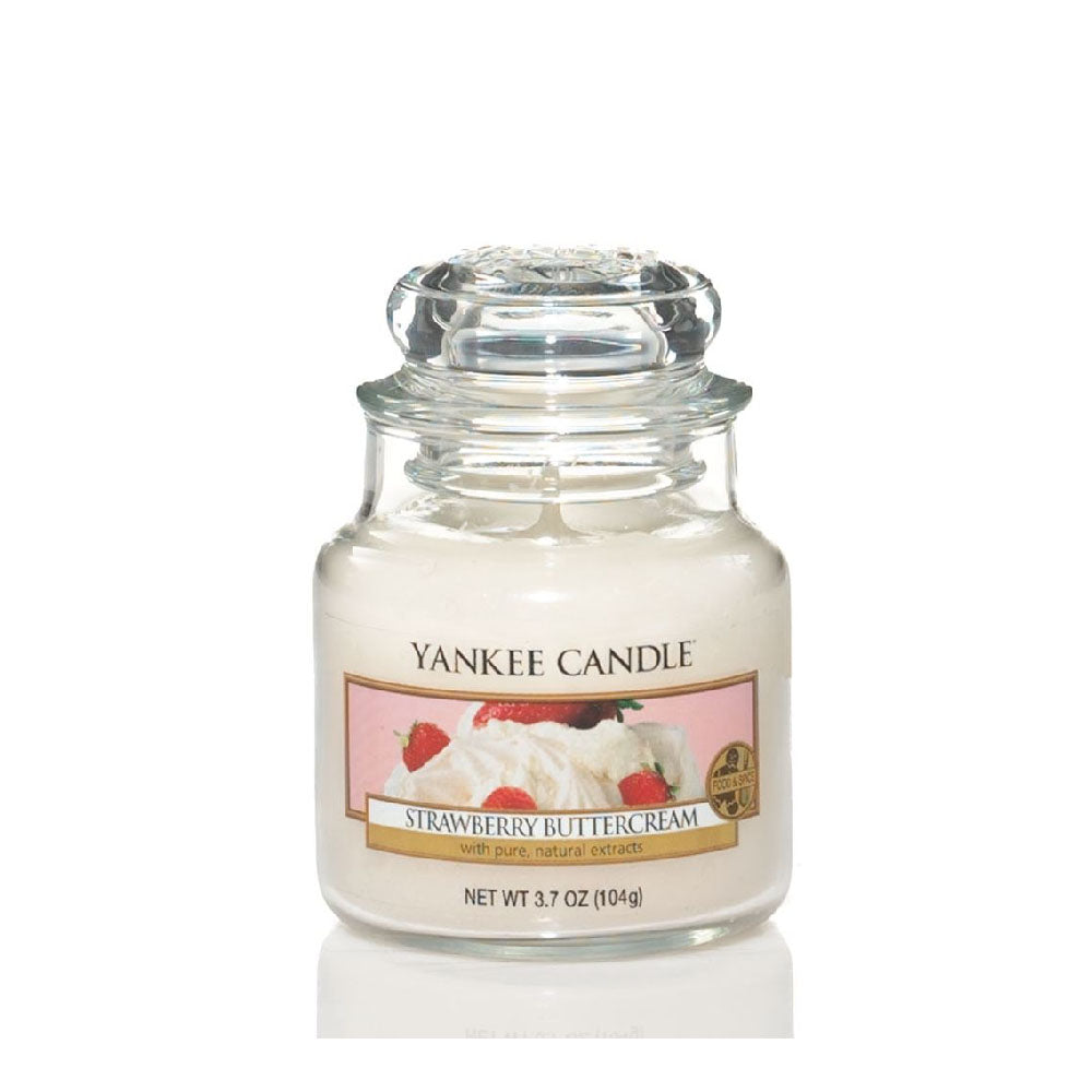 YANKEE CANDLE (STRAWBERRY BUTTERCREAM) CANDLE
