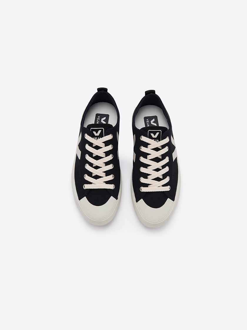 VEJA LADIES - NOVA BLACK WHITE