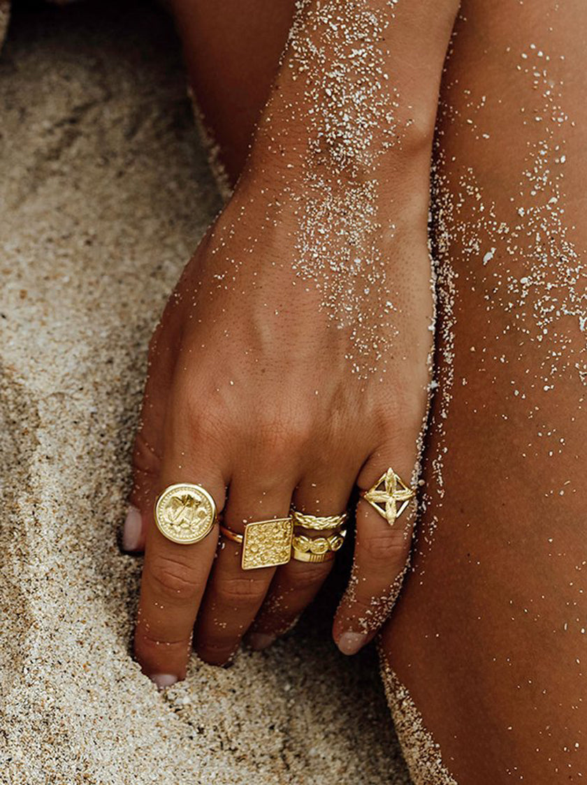 Paradise Coin Ring - Gold