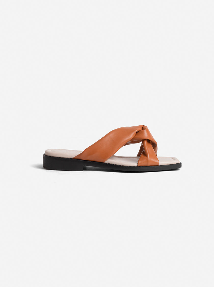 FILIA CROSS-OVER SANDAL - TAN
