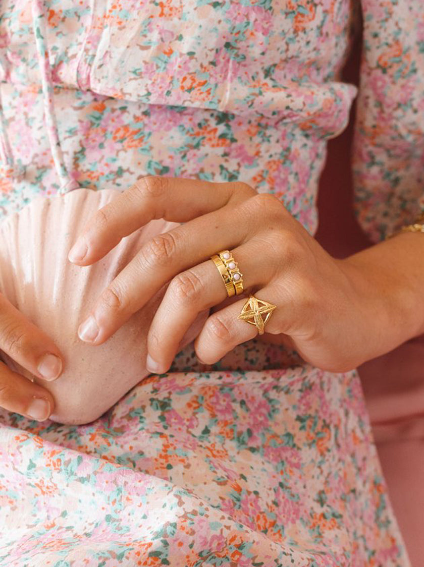 Vintage Pink Cloud Ring - Gold