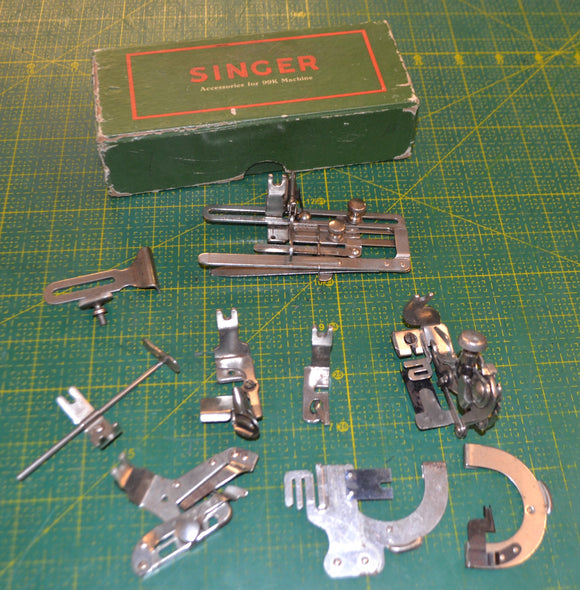 Singer 66K Back-clamp Vintage/Antique Accessories set