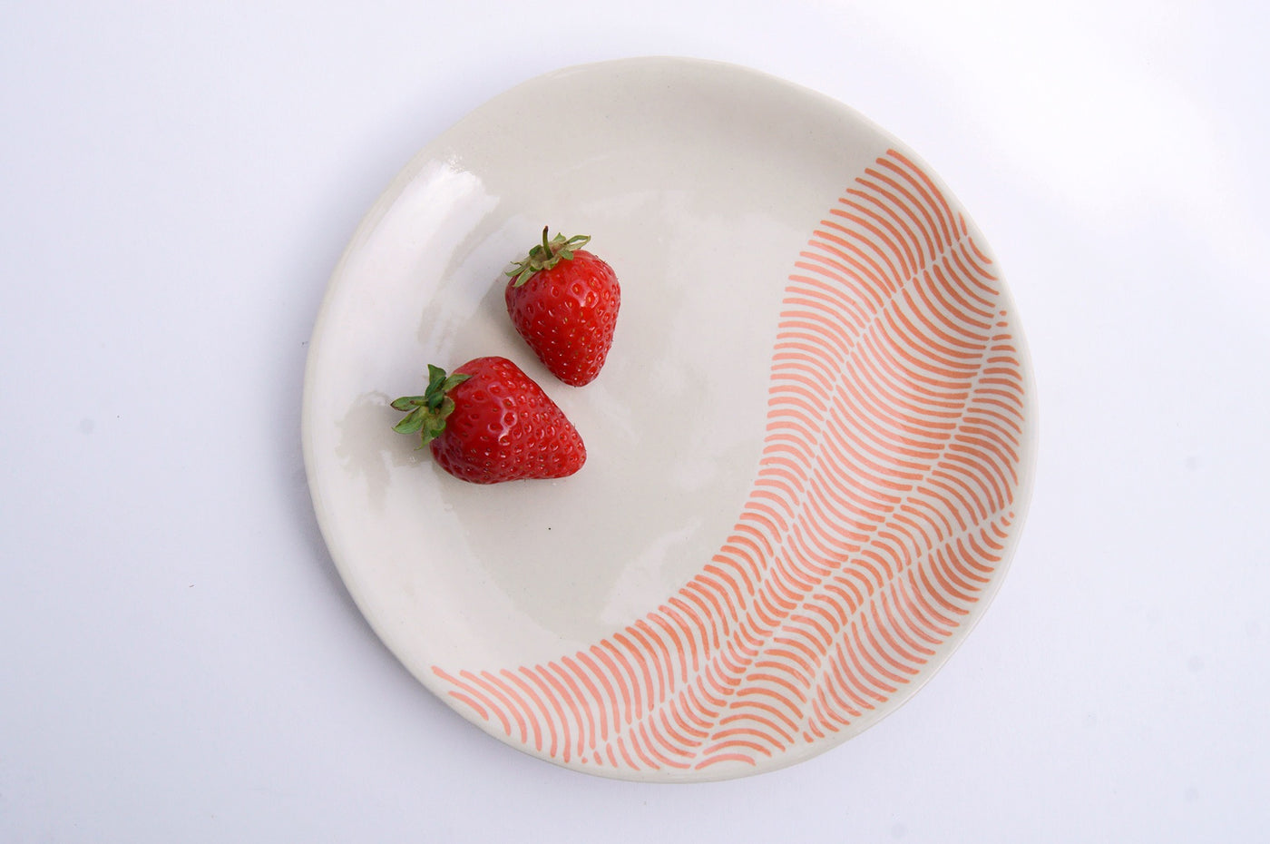 18cm Dessert plates white - raspberry red