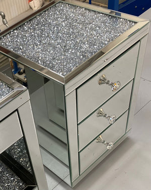 Mirrored Crushed Diamond Top Bedside Table 3 Drawers