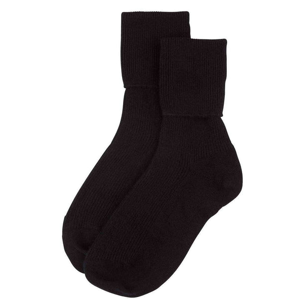 Johnstons of Elgin Black Ribbed Ankle Socks