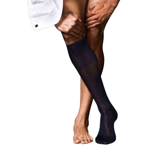 Falke Navy No9 Pure Fil d'Ecosse Smooth Flat Knit Knee High Socks