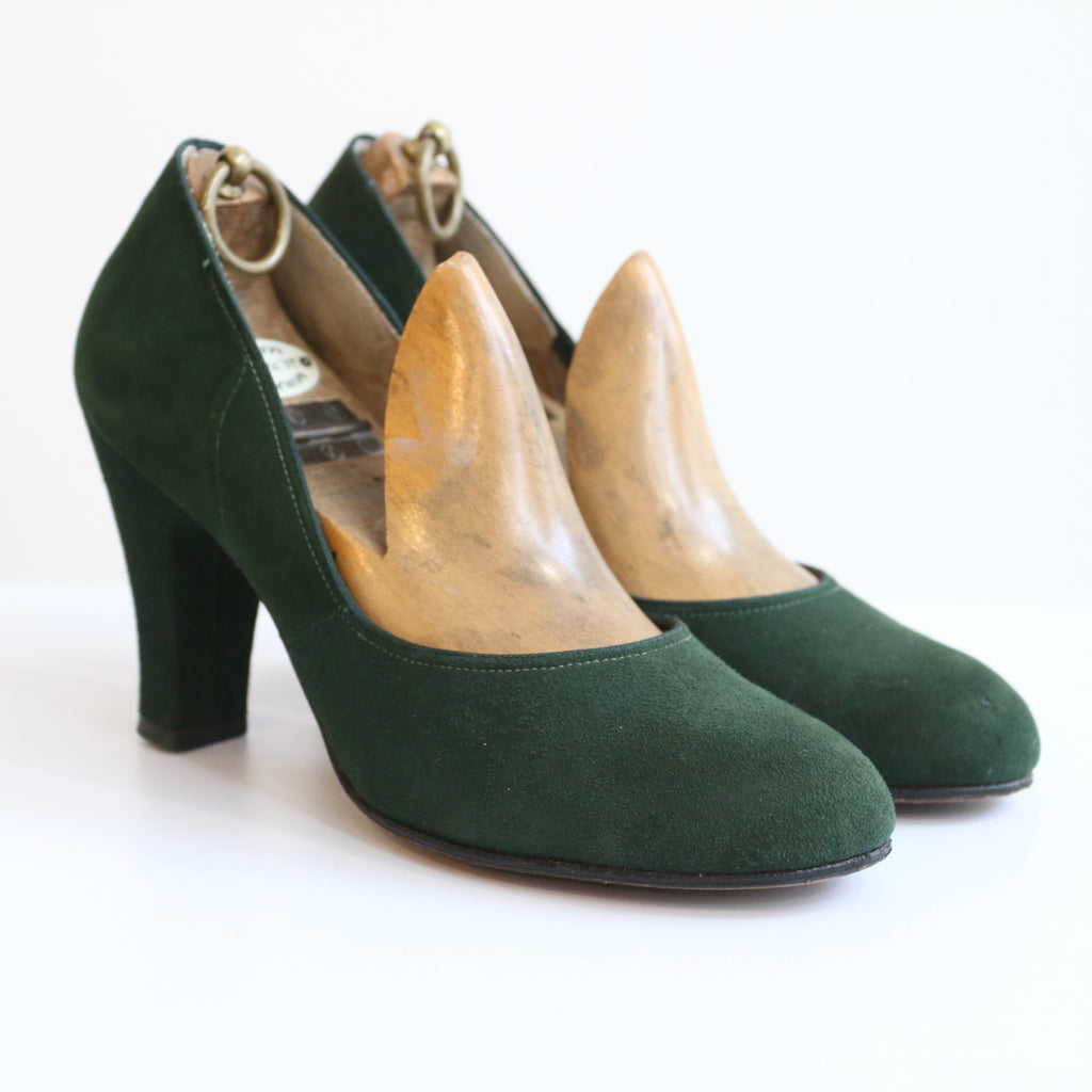 """Portraits"" Vintage 1940's Green Suede Leather Heels UK 4.5 EU 37 US 6.5"