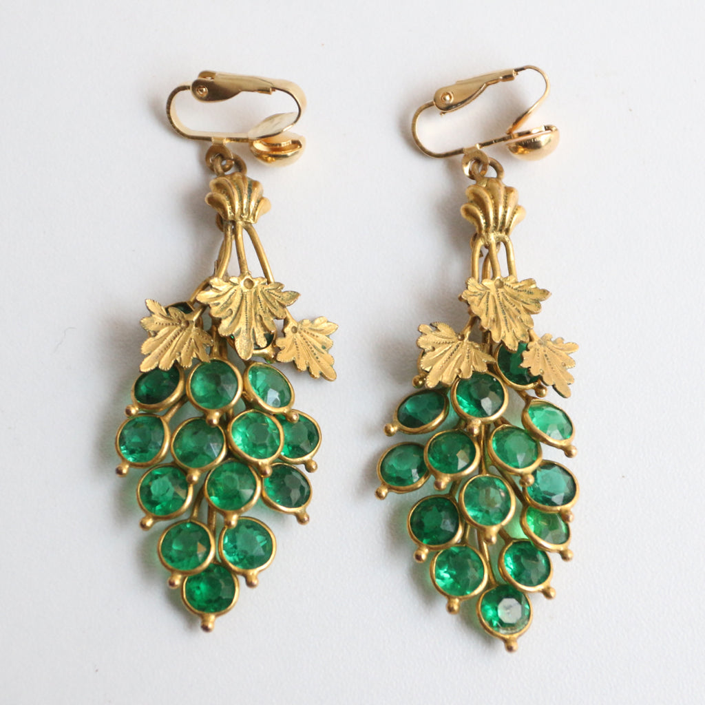 """Green Vines"" Vintage 1940's Green Rhinestone Vine & Grape Clip on Earrings"
