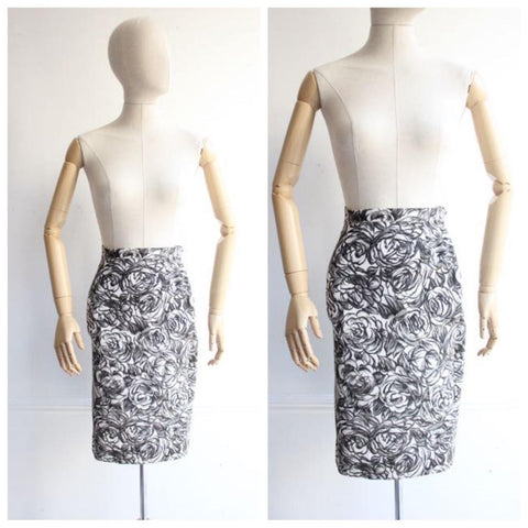 """Ellen"" Vintage 1950's Black & White Rose Print Wiggle Skirt UK 6"