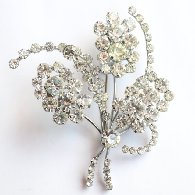 Vintage 1950's brooch 1950's jewellery 1950's silver rhinestone brooch 1950's midcentury brooch 1950s rhinestone flower brooch statement pin
