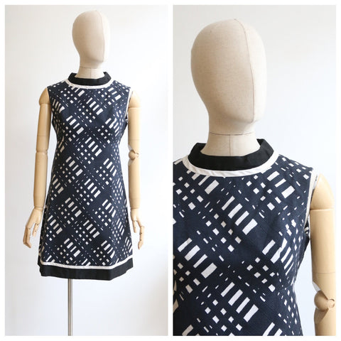 Vintage 1960's dress original 1960's monochrome dress 1960's A line cut dress sixties mod dress 1960's black and white pattern dress UK 14
