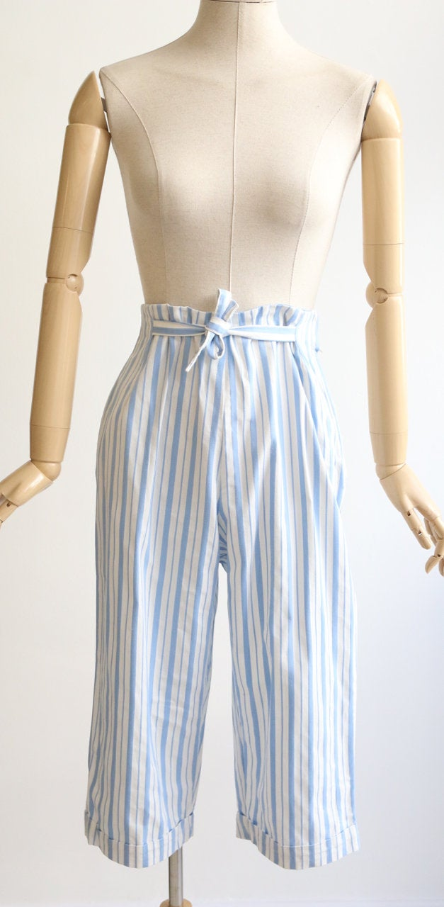 1950s Pants  50s Pedal Pushers  1950s Red and White Striped Cotton Seersucker High Waisted High Waist Clam Diggers Capri Pants