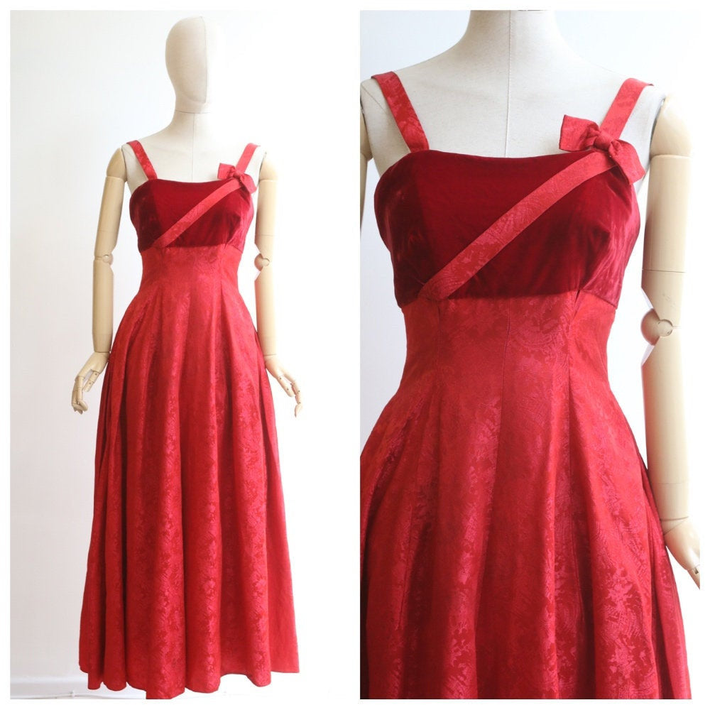 vintage 1950's evening dress vintage 1950's red evening gown 1950s red brocade and velvet evening dress vintage gown 1950s silk dress UK 6-8