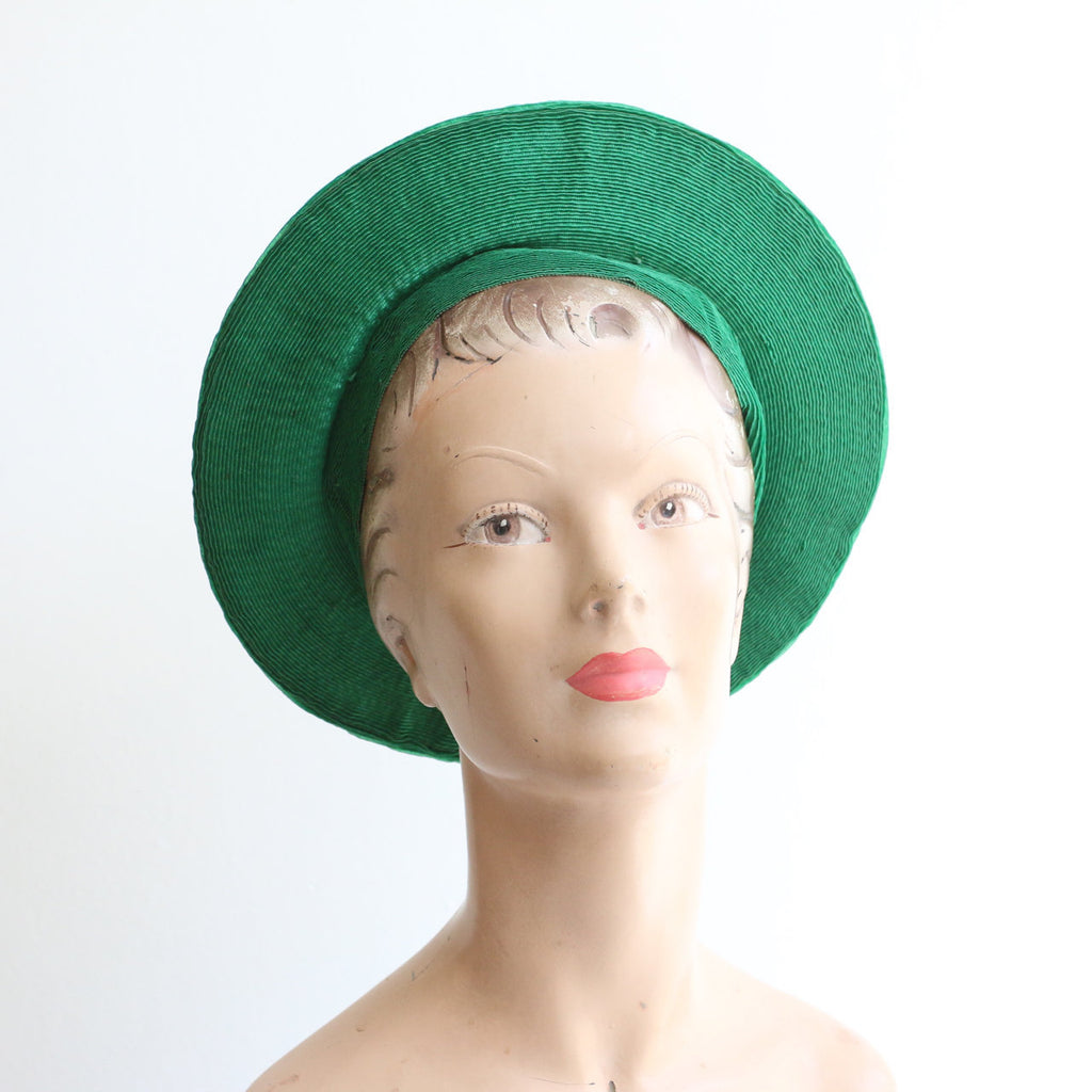 Vintage 1940's Green Straw Beret Hat vintage 1940's Green Straw Cartwheel hat original 1940s Green Straw Hat 1940s green wide brim beret hat