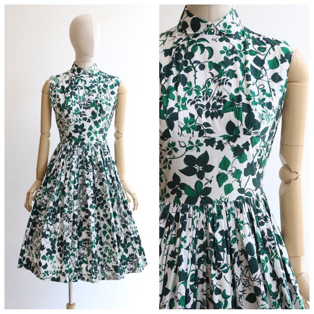 Vintage 1950's dress vintage 1950's circle dress original 1950's green foliage leaf print dress 1950's high collar dress cotton 50s UK 10