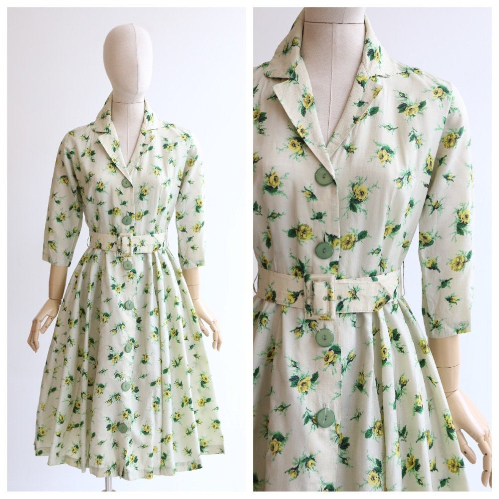 Vintage 1950's dress vintage 1950's shirtwaister dress original 1950s rose print dress 1950's circle dress rose print shirt dress UK 10 US 6