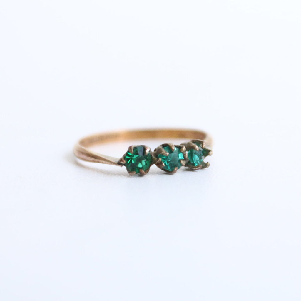Vintage 1930's ring vintage 1930's paste ring original 1930's emerald green rolled green rhinestone ring original thirties jewellery deco