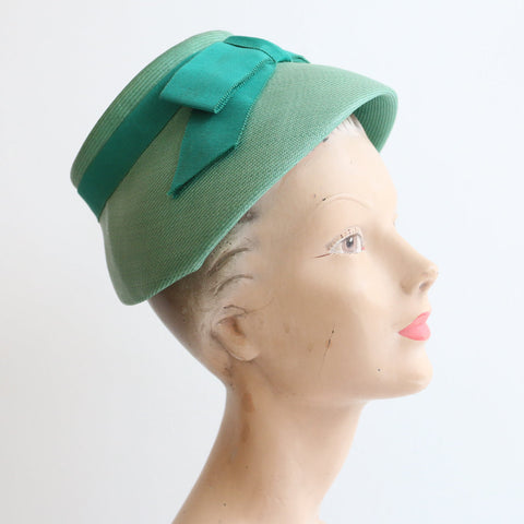 Vintage 1960's hat vintage 1960's green Sunson hat vintage 1960's green straw beehive hat original sixties hat 1960s green bow beehive hat