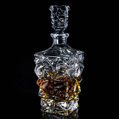 Image of the Vayu Whiskey Decanter