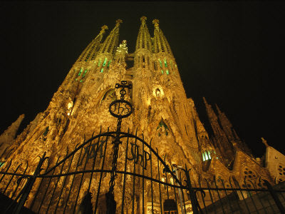 Big City, Bright Lights - Barcelona, A Night View of Gaudis Temple Expiatori De La Sagrada Familia (#BCBL_15)
