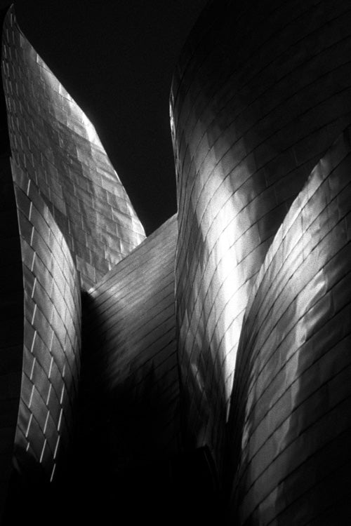 Abstract Architecture - Metalic Curves (#FOOT_R_1003)