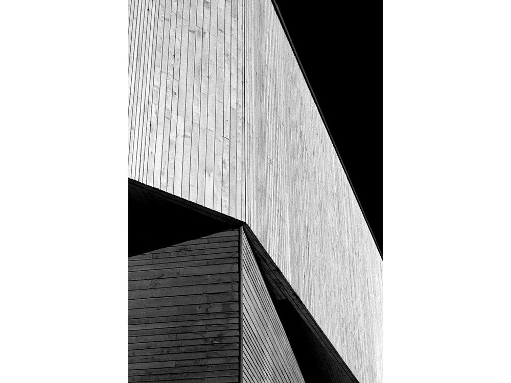 Abstract Architecture - Theatre Severn (#FOOT_R_2002)