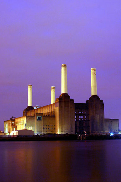 London Town - Battersea power station at dusk (#HOLLAND_A_1002)