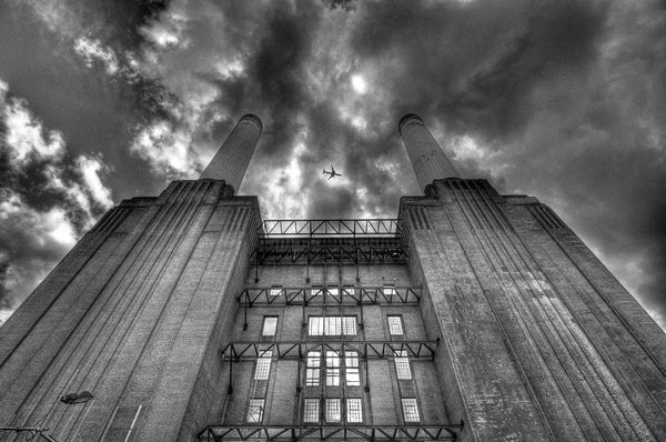 Architectural London - Plane over Battersea Power Station (#ARCH_LONDON_04)