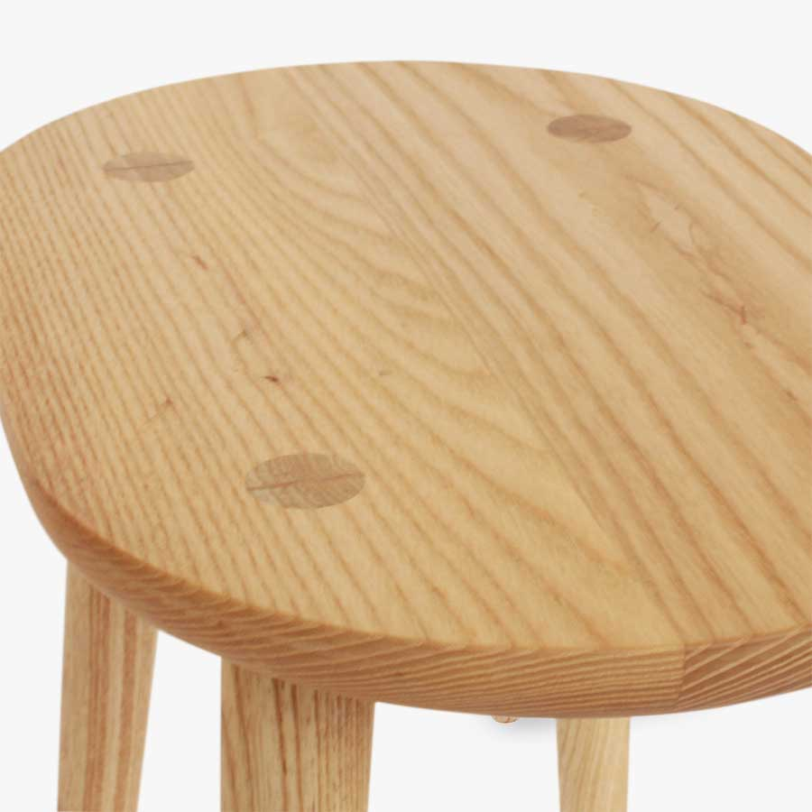 Wedge Table Oval