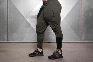 Body Engineers - RONIN Prometheus Jogger 2.0 – Army Green - Seitlich 2