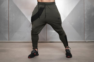 Body Engineers - RONIN Prometheus Jogger 2.0 – Army Green - Vorderseite