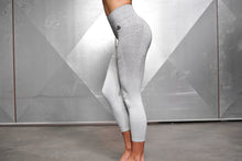 Body Engineers - Valkyrie Seamless Leggings High Waist 7/8 – Light Grey - Seitlich