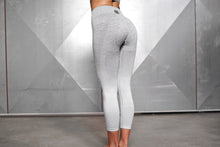 Body Engineers - Valkyrie Seamless Leggings High Waist 7/8 – Light Grey - Rückseite